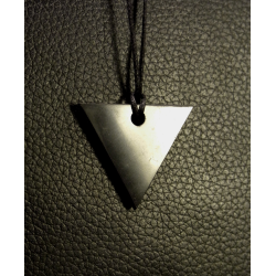Pendentif de shungite triangle - pointe vers le bas de Catalogue shungite